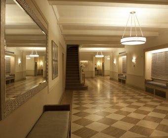 993-Lobby (9).jpg