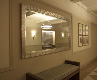 993-Lobby (1).jpg
