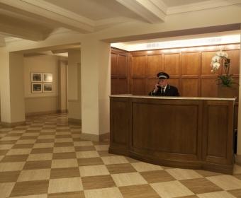 993-Lobby (3).jpg