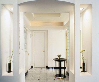 Foyer-gail-green-04
