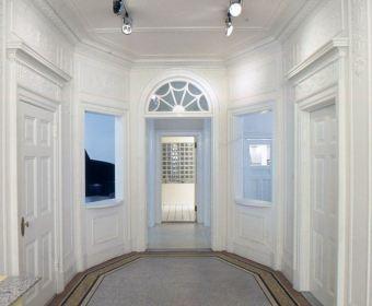 Foyer-gail-green-14