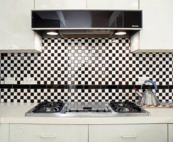kitchen-gail-green-01