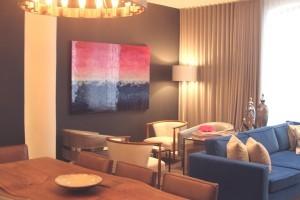 2a-Elisa-Contemporary-Art-Example-Interior-Design